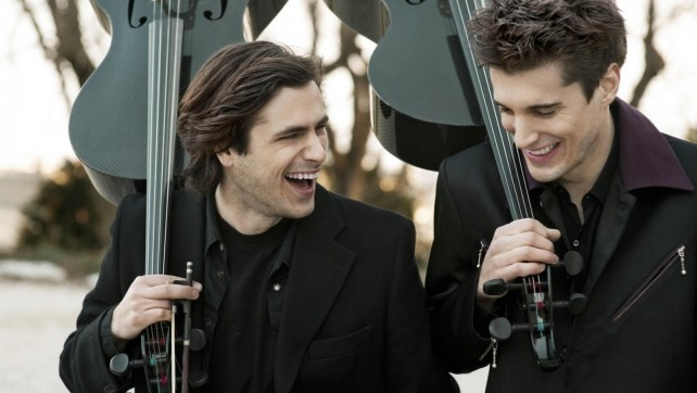 2cellos – Thunderstruck (ou comment flinguer un archer)
